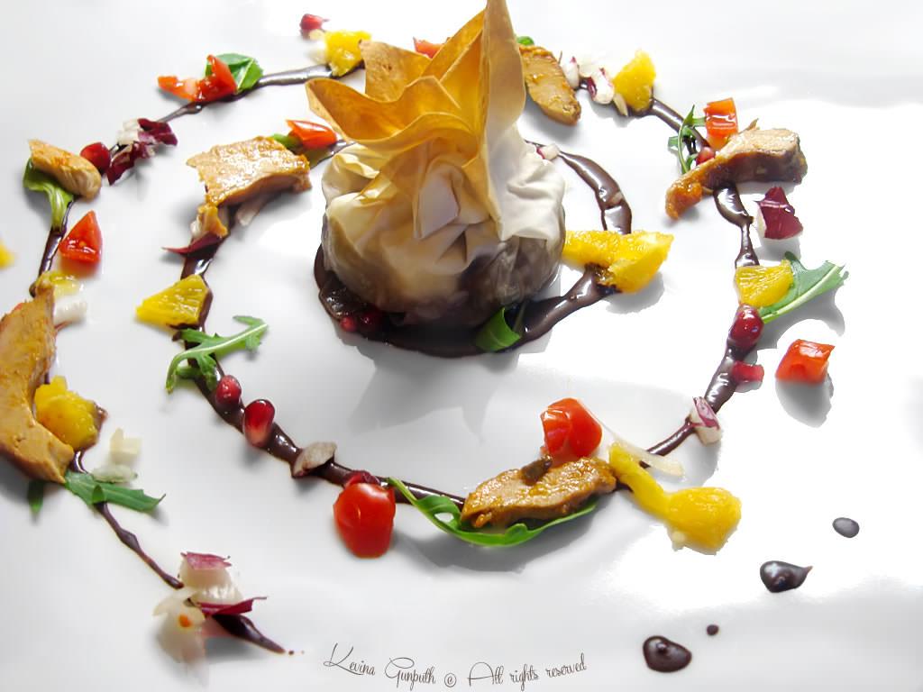 Decorare piatto spirale disegno a spirale in cucina for Decorazioni piatti gourmet